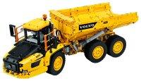 Knickgelenkter Volvo-Dumper (6x6)